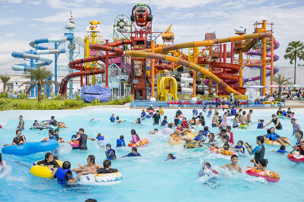 Unmissable Attractions At The Cartoon Network Amazone Water Park
